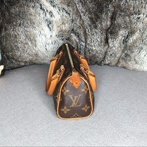 Louis Vuitton Bags - ♥️SOLD♥️Louis Vuitton Speedy Mini Monogram